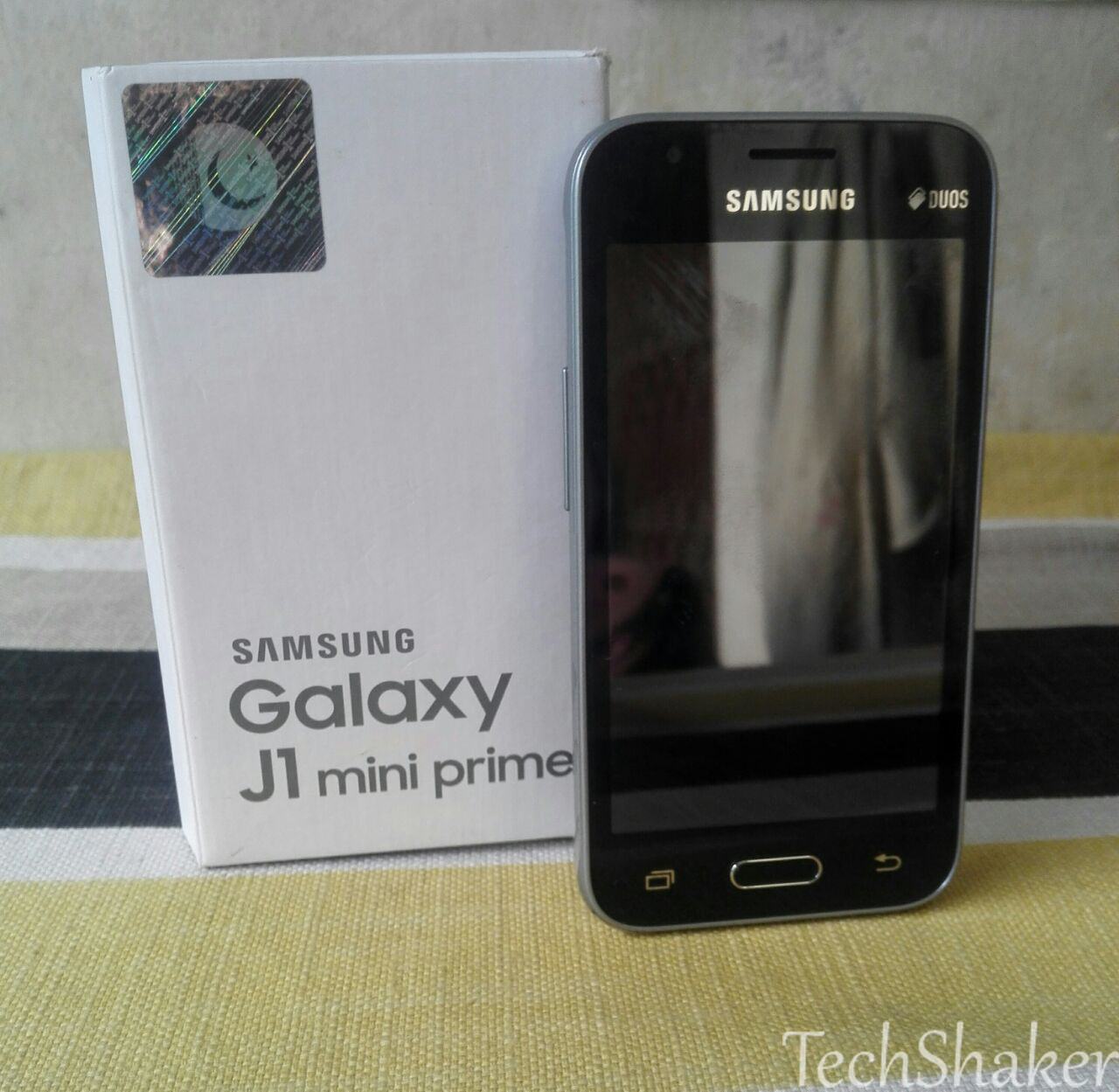 samsung-galaxy-j1-mini-full-review