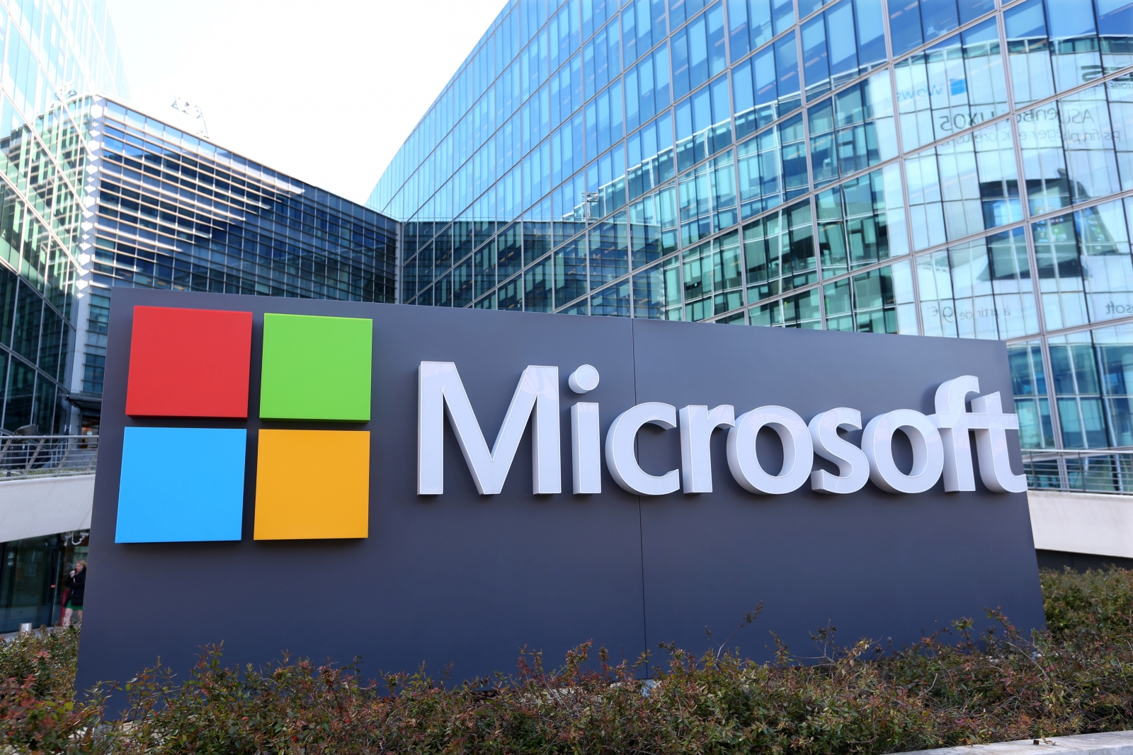 Microsoft announces addition to board and quarterly dividend