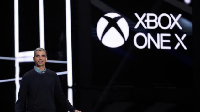Microsoft unveils Xbox One X, Challenges Sony