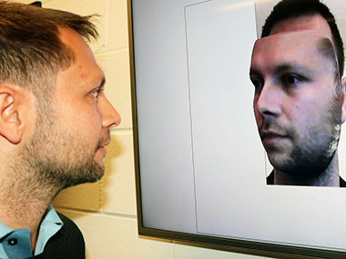 "Analysts create AI based online software that converts oneself portraits into ""3D selfies"""