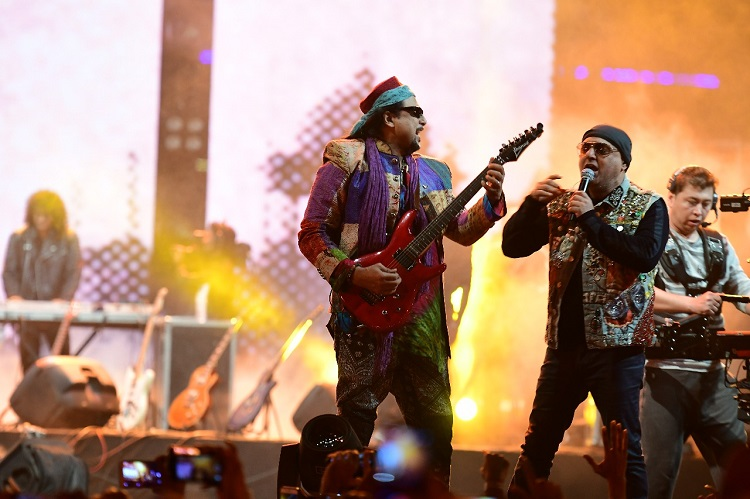 The Sooper Junoon Concert Makes History as The Most Iconic Live Act Ever Seen in Pakistan!