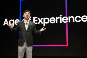 "Samsung Electronics Declares"" Age of Experience"" at CES 2020"
