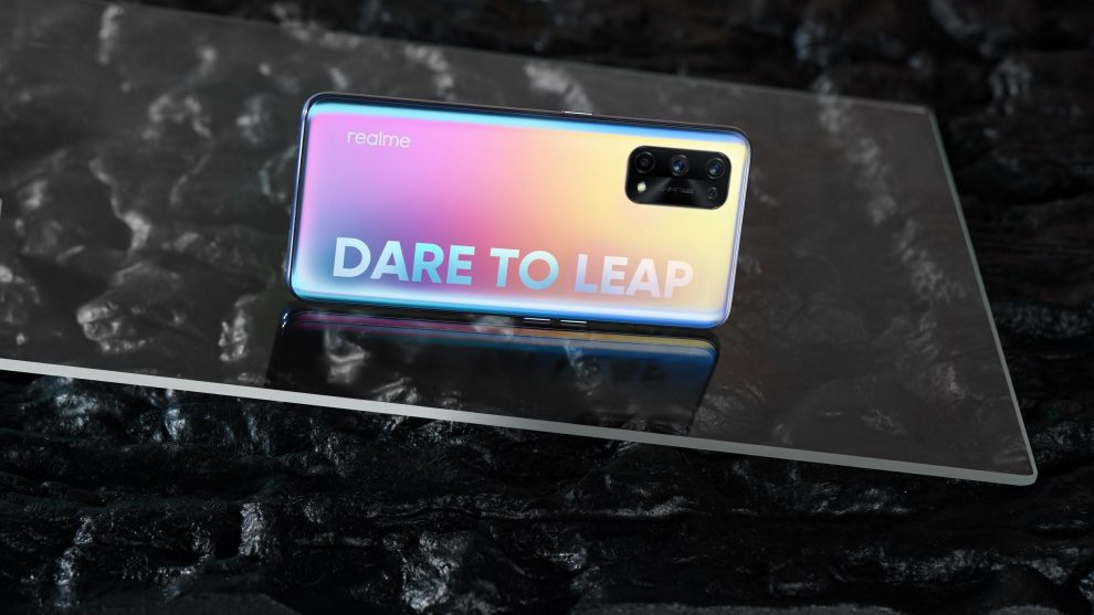 realme will be one of the first smartphone brands to release a flagship equipped with MediaTek Dimensity 1200